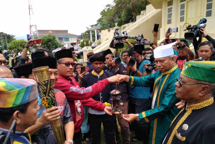 Asian Para Games torch arrives at Ternate sultanate