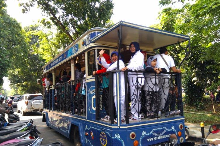 Bus Uncal Bogor beroperasi lagi layani wisatawan