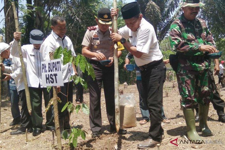 Kecamatan Haruyan bisa panen dan tanam padi di musim yang sama