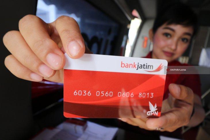 Deadline 31 Juli 2021, Bank Jatim imbau nasabah ganti kartu ATM lama dengan ATM Chip