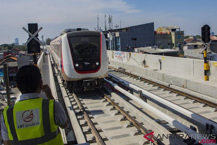 LRT Jakarta siap dioperasikan