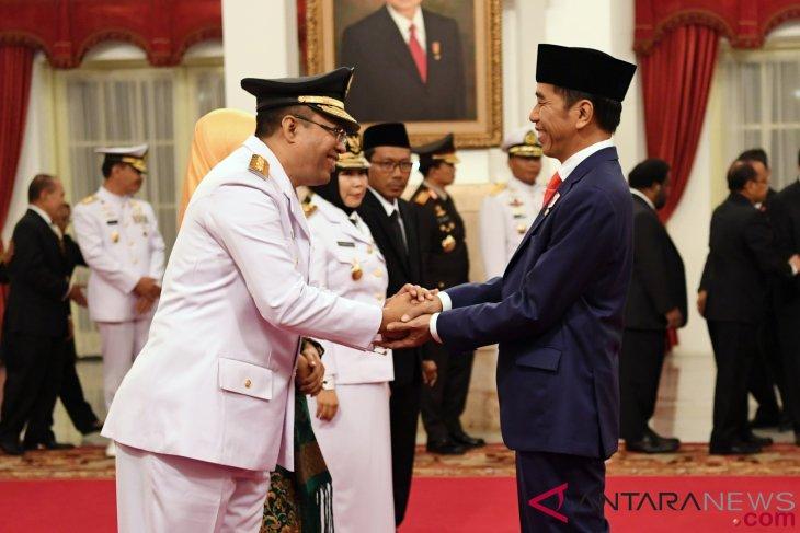 NTB governor should directly work on post-quake handling efforts: Jokowi