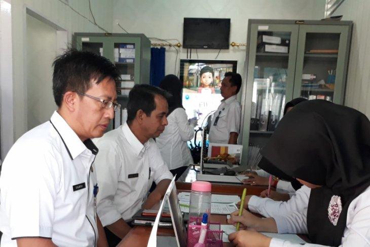 BNNP Jambi tes urine peserta lelang jabatan