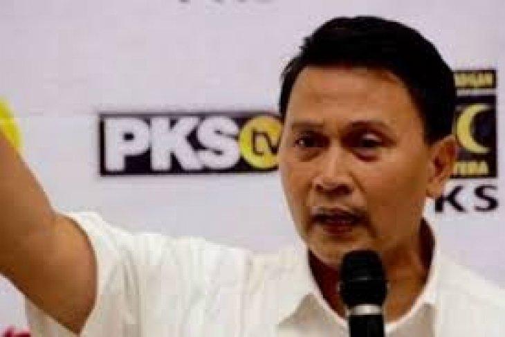PKS menilai ide  penambahan pimpinan MPR tidak patut, hanya habiskan anggaran negara