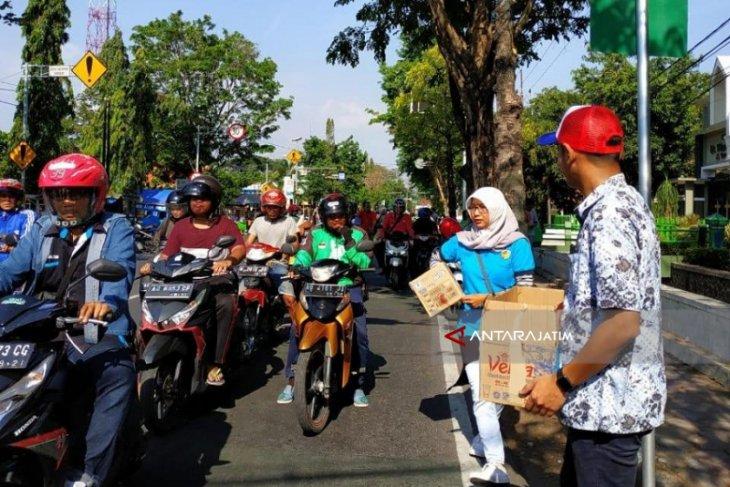 Pemuda di Kediri Ikut Kumpulkan Sumbangan Bantu Korban Gempa di Palu-Donggala