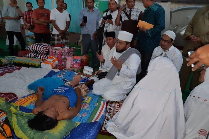 Helmi Hasan kunjungi korban bencana Sulteng yang mengungsi ke Makassar
