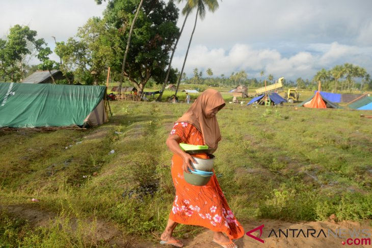 Disaster refugees in Central Sulawesi need 18 thousand tents: BNPB