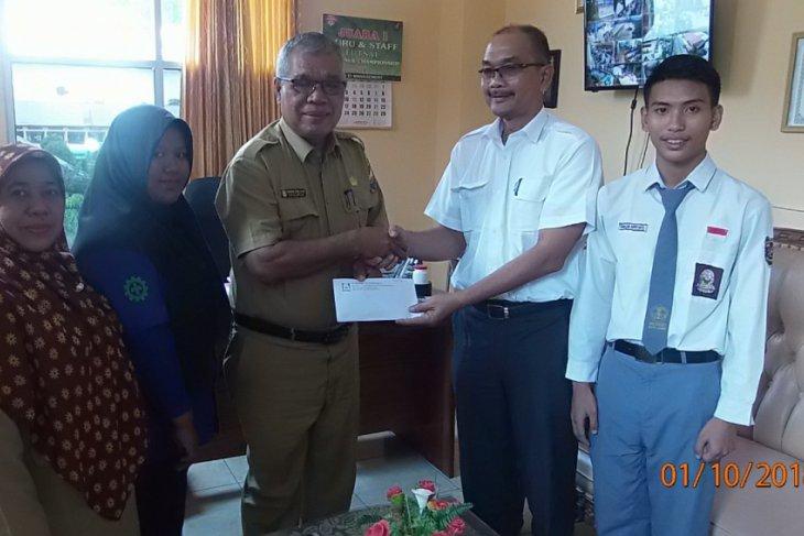 PTPN VI salurkan beasiswa program BHUN di Jambi