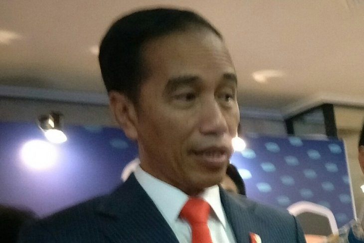 Indonesian president urges students to actively combat fake news