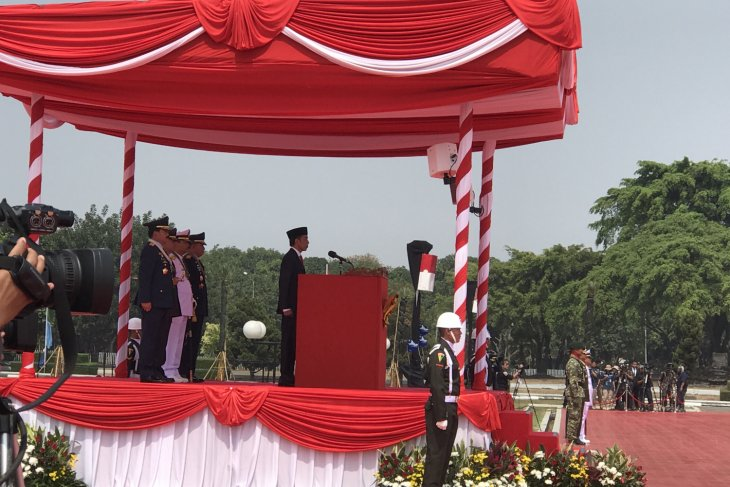 President leads ceremony to observe 73rd anniversary of TNI