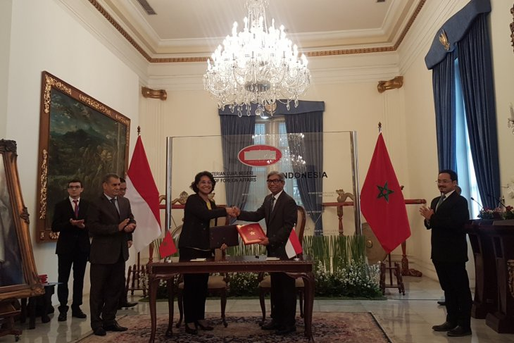 Indonesia, Morocco sign five memoranda of understanding