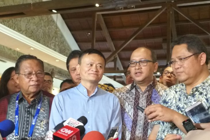 IMF-WB - Jack Ma to offer advanced internet training to Indonesian youth