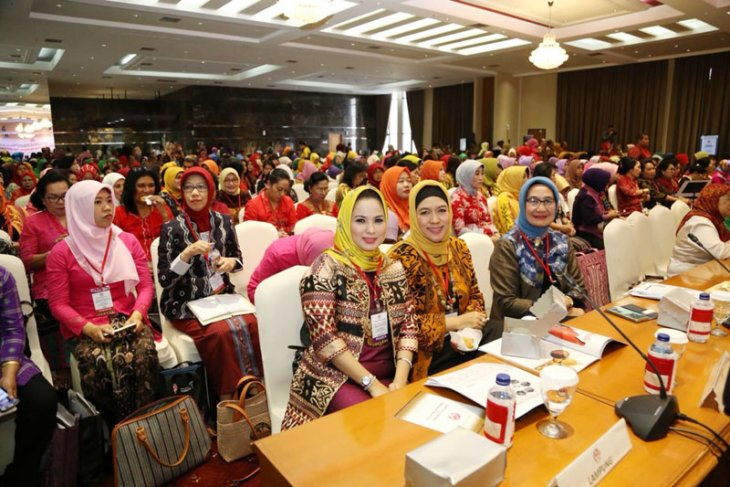 Yustin Ficardo: Cintailah dan Bangga Pada Produk Kerajinan Indonesia