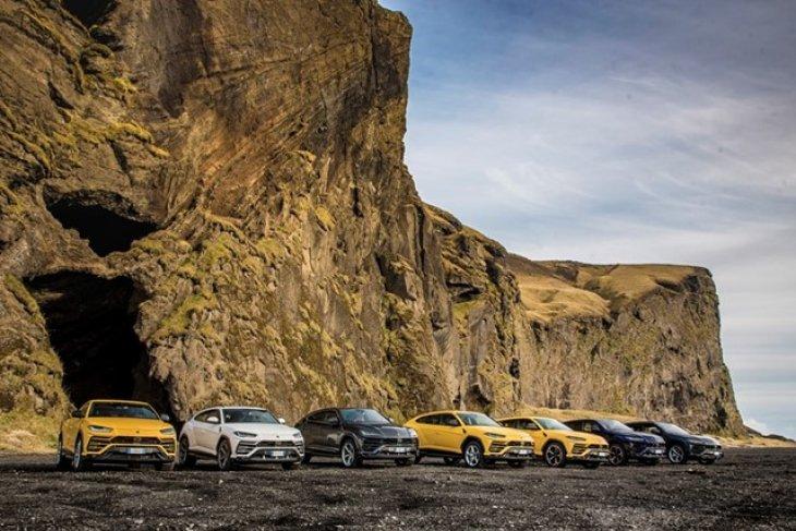 SUV Urus, mobil sport terlaris Lamborghini