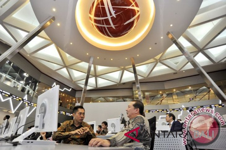 Economic growth clocked at five percent, IHSG-Rupiah remain positive