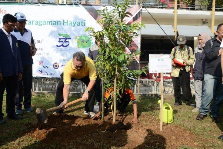 IPB gelar aksi konservasi dan penanaman 100 pohon langka Indonesia