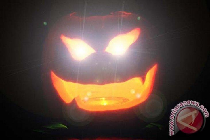 Berita Dunia - Pesta Halloween di California berujung penembakan