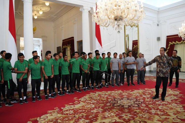 Presiden terima timnas U-16