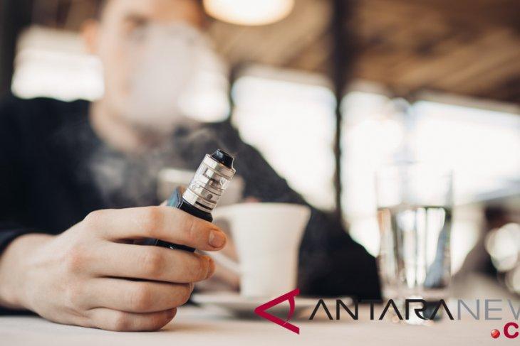 Dokter ahli: Rokok elektrik mengandung zat racun