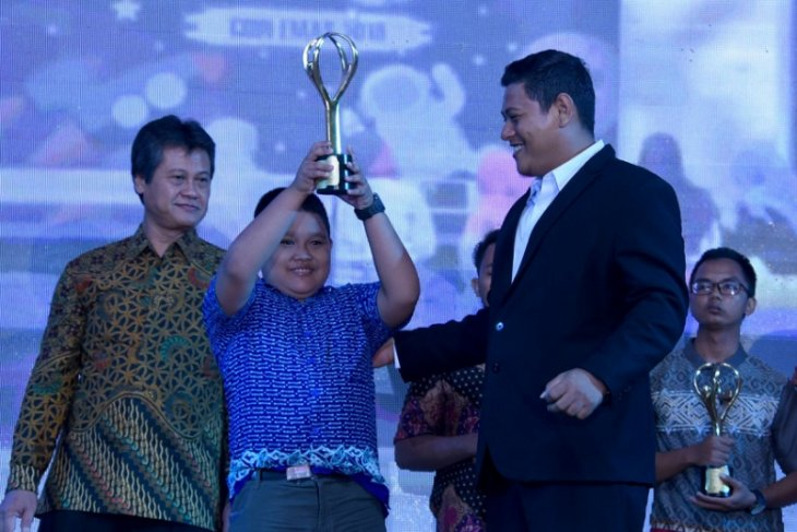 Disdik Kediri Berikan Anugerah di Kompetisi