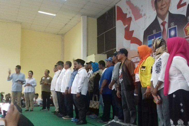 Sandiaga kukuhkan tim relawan Prabowo-Sandi