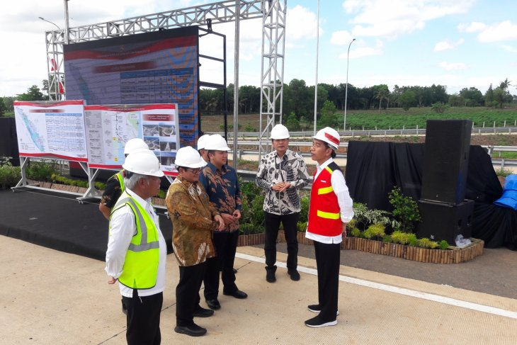 President optimistic of Trans Sumatra Toll Road boosting economic growth