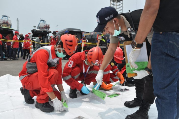 Equity Life serahkan asuransi korban Lion Air