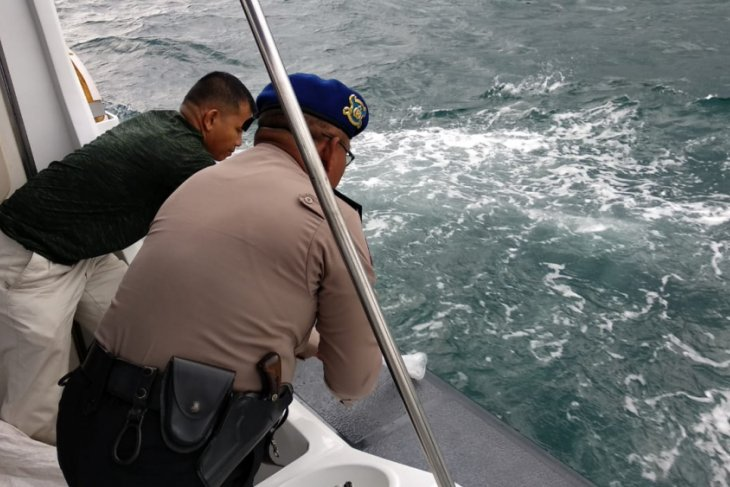 Petugas gabungan gagalkan penyelundupan benur lobster