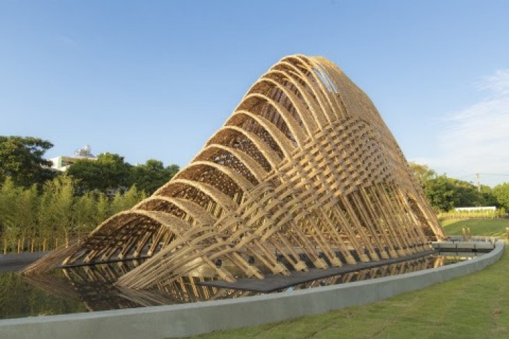 Explore bamboo pavilion at Taichung World Flora Expo