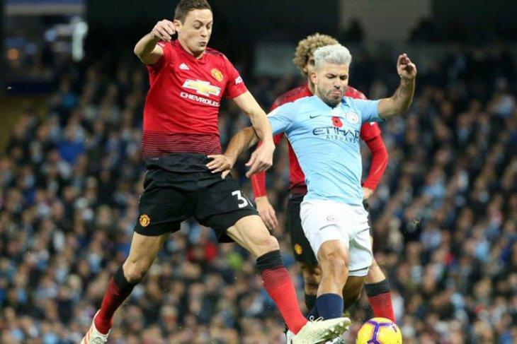 City pecahkan dua rekor baru dalam kemenangan Derby Manchester