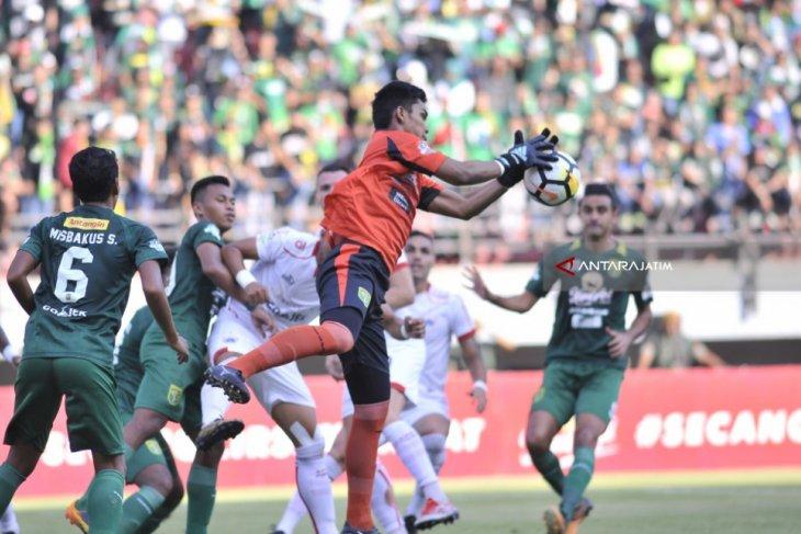 Persebaya Gulung Persija 3-0
