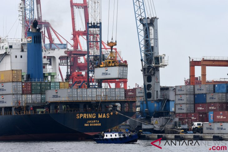 Indonesia`s current account records deficit of 2.98 percent of GDP
