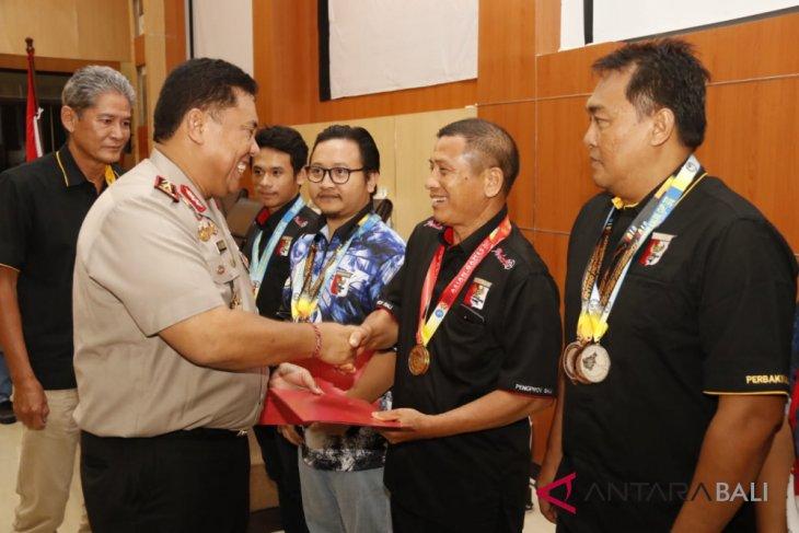 Kapolda Bali kumpulkan pengurus Perbakin jaring atlet menembak