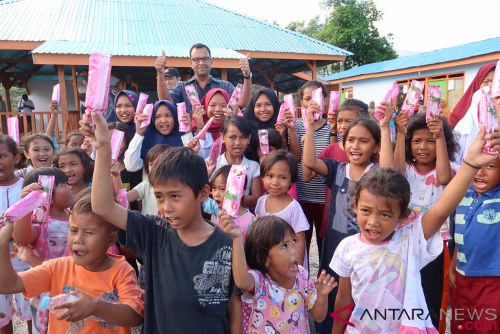 86 quake-affected children in C Sulawesi reunited with families: NGO