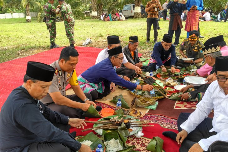Kelompok Tani Umo Talang Tinggal gelar sedekah bumi