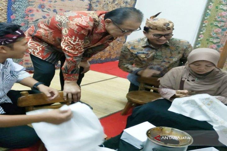 Pemerintah Diminta Bantu Promosikan Batik Madura