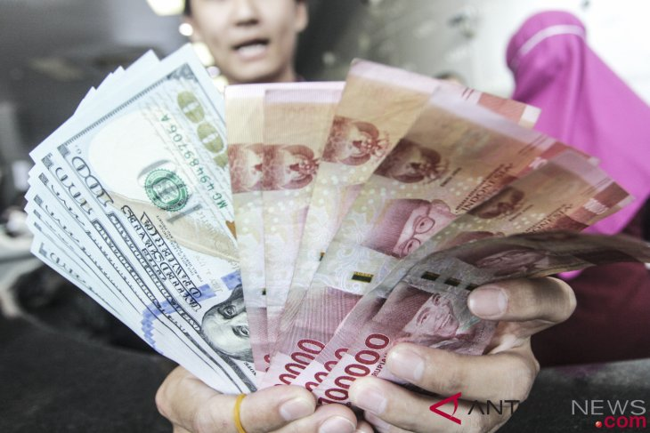 Rupiah rises on relaxation of trade war