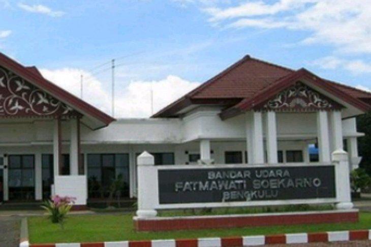 Antisipasi Covid-19, KKP tambah petugas pengawas bandara Fatmawati Soekarno