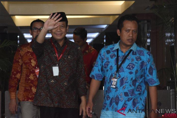 KPK resmi tahan Wakil Ketua DPR Taufik Kurniawan