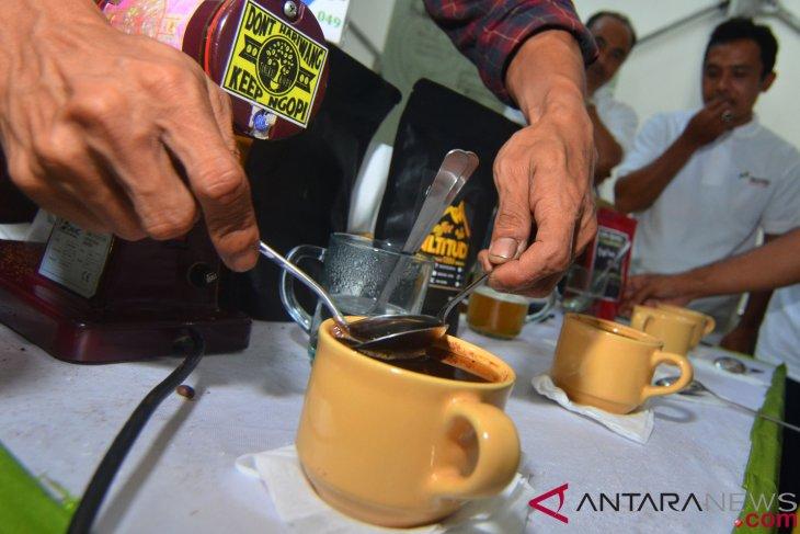 West Java, South Korea to establish international coffee school
