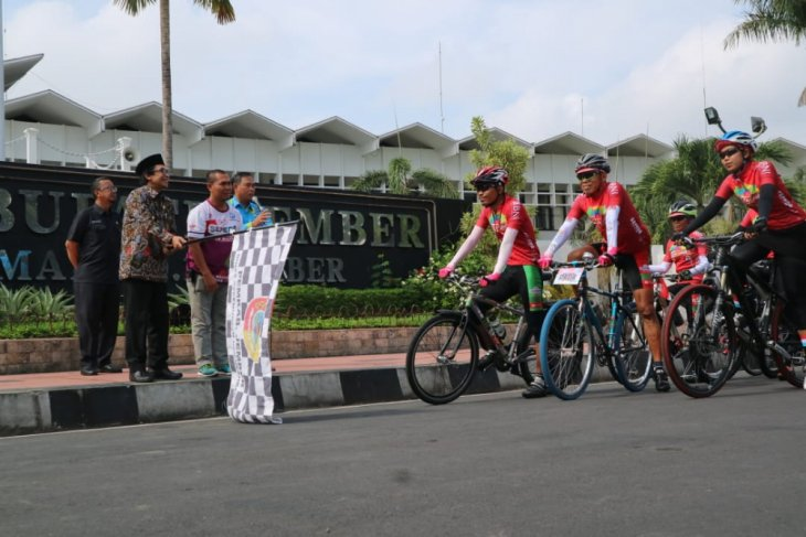 Wabup Jember Promosikan Wisata kepada Peserta Jelajah Sepeda Nusantara
