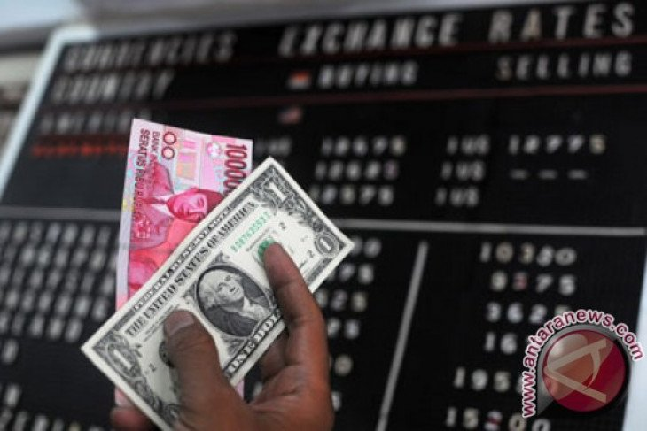 Rupiah strengthens following presidential election quick vote count