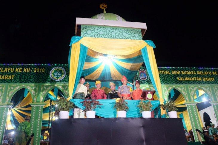 Gubernur Kalbar Sutarmidji buka festival seni budaya di Sekadau