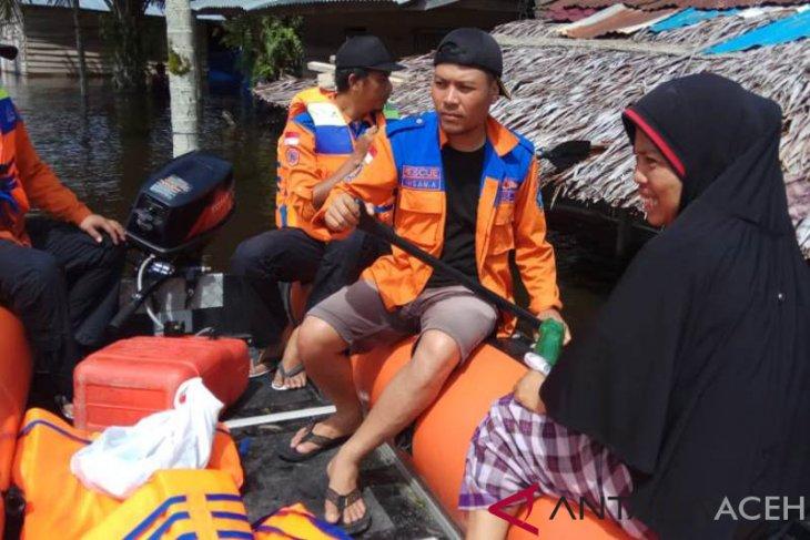 Banjir masih bertahan di Aceh Selatan