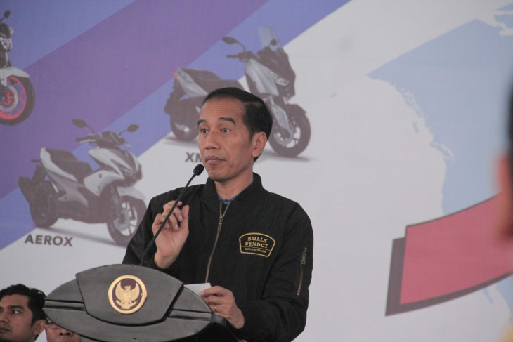 Jokowi orders construction of factory for disabled