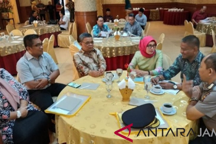 Seminar Pascasarjana Unja hasilkan strategi pencegahan korupsi berjamaah