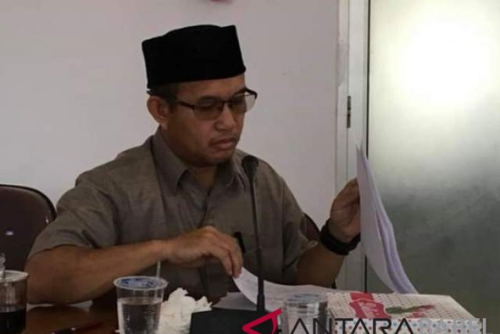 DPRD minta perekrutan PTT RSP Payung transparan