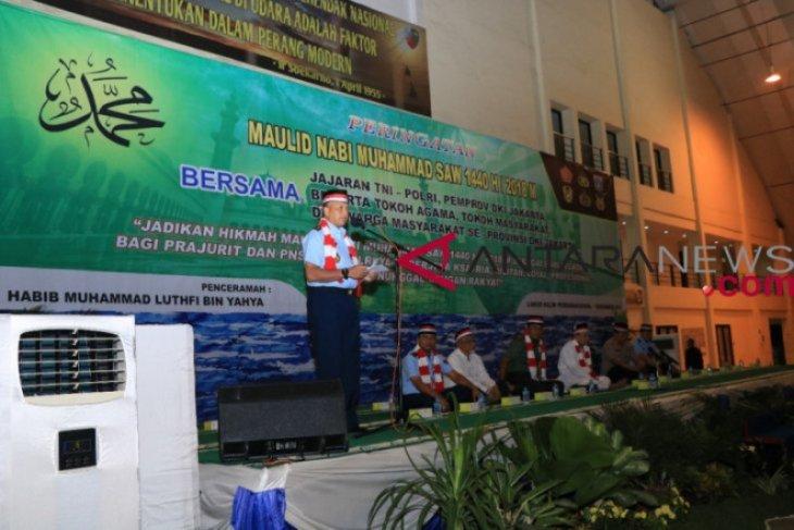 TNI/Polri peringati Maulid Nabi di Lanud Halim