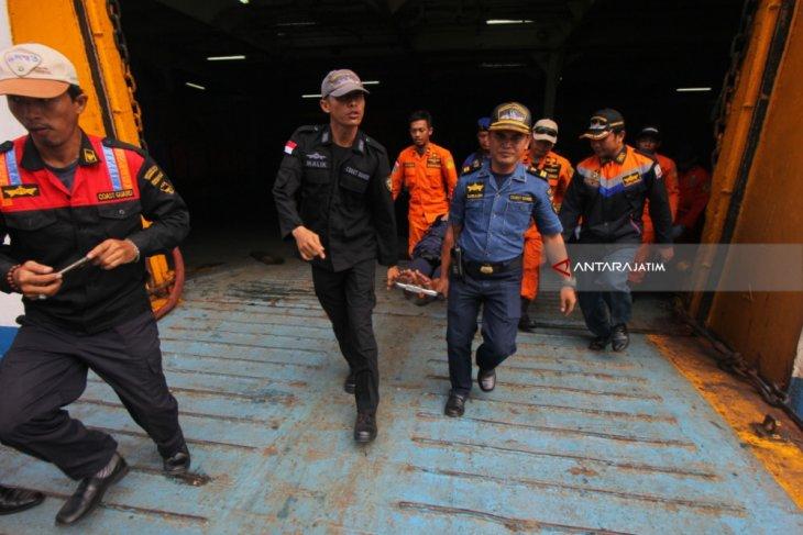 Kebakaran Kapal Penumpang Bersumber dari Dek Kendaraan (Video)