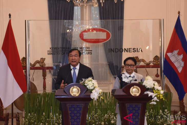 indonesia, cambodia agree to strengthen asean centrality
